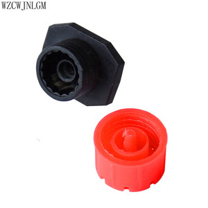 Image 2 - 500 pcs 8 구멍 빨간색 조정 가능한 흐름 도저 마이크로 노즐 도저 에미 터 물방울 관개 스프링클러 노즐 정원 급수
