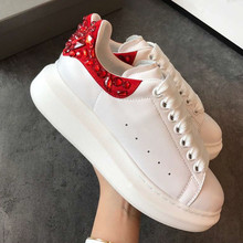 Tennis Feminine White Leather Shoes Hot Brand Crystal Embellished Low Top Woman Sneakers Lace Up Woman Flats Platform Shoes woman sneakers metallic color woman shoes front lace up woman casual shoes low top rivets embellished platform woman flats brand
