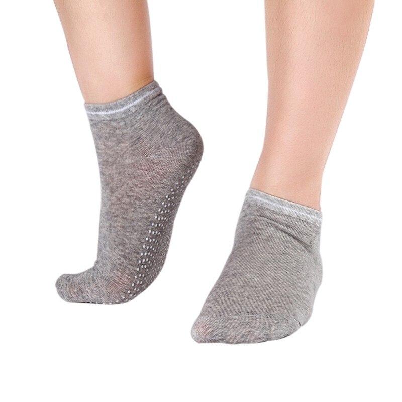 New! 1 Pair Women Yoga Fitness Pilates Socks Colorful Non Slip Massage Toe Durable Dance Ankle Grip Printed Letter Socks