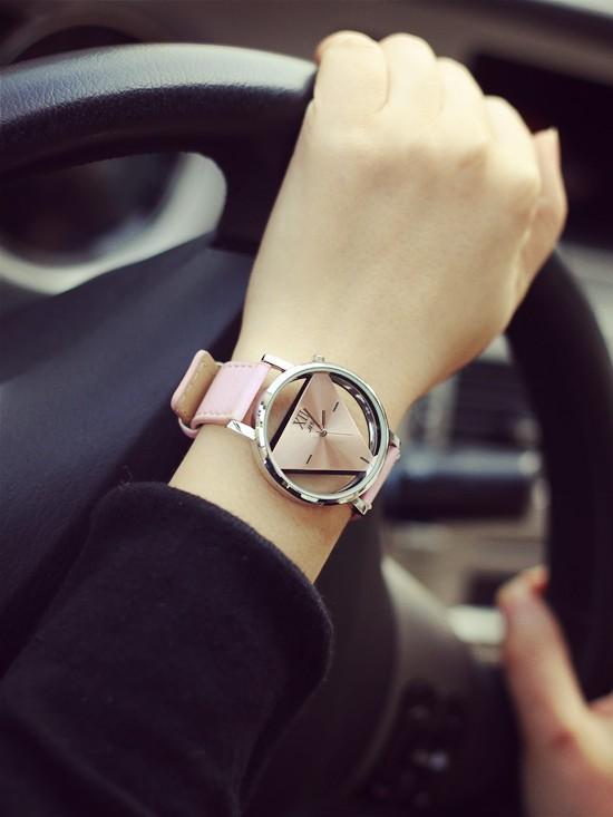 Szkielet zegarek Relogio feminino Trójkąt zegarka kobiet Delikatne przejrzyste pusta skórzany pasek wrist watch quartz dress watch 16