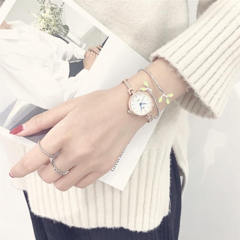 Luxury Fashion Gold Women Watches Qualities Diamond Ladies Bracelet Watch Simple Blue Pointer Silver Female Quartz Wristwatches