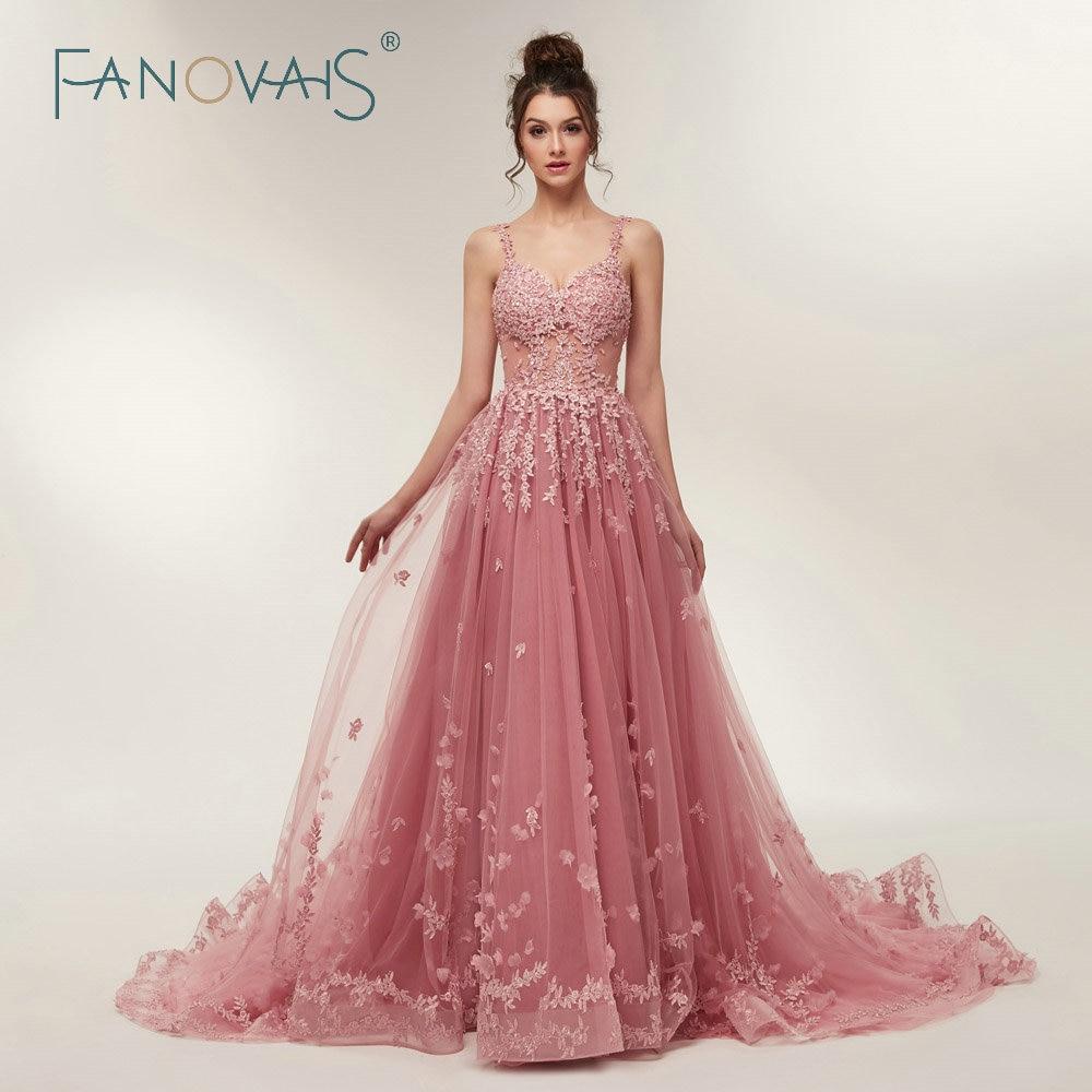 Hermosa Vestidos De Novia Con Trenes Catedral Imagen - Colección de ...