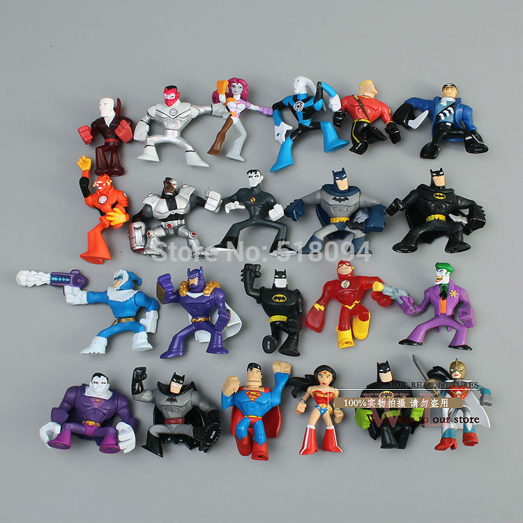 Free Shipping DC Comics Superheroes Batman The Joker Superman Wonder Woman Mini PVC Action Figure Toys Dolls 22pcs/set HRFG049 free shipping hello kitty toys kitty cat fruit style pvc action figure model toys dolls 12pcs set christmas gifts ktfg010