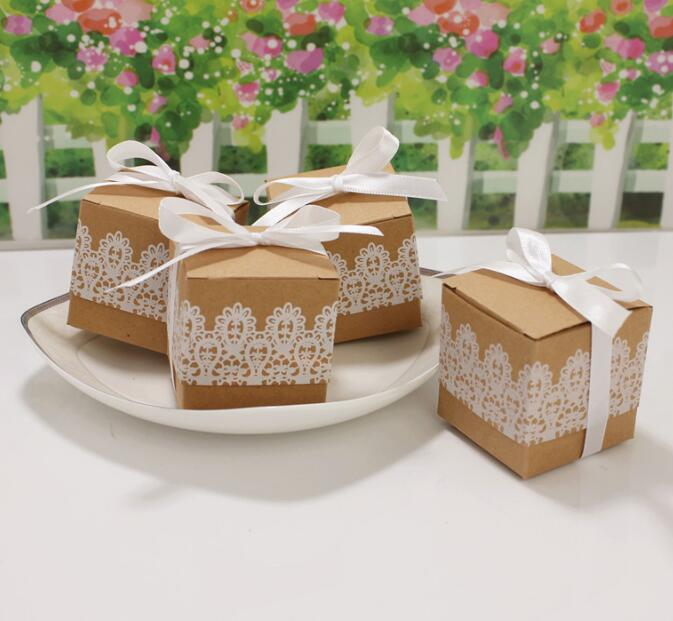 100pcs / lot Romantic lace candy box wedding decoration vintage kraft paper gift and