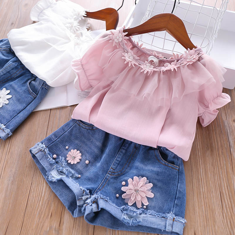 2019 Summer Girls Sets Pearl Petals Tshirt with Hole Denim Shorts Children's Clothing Wholesale