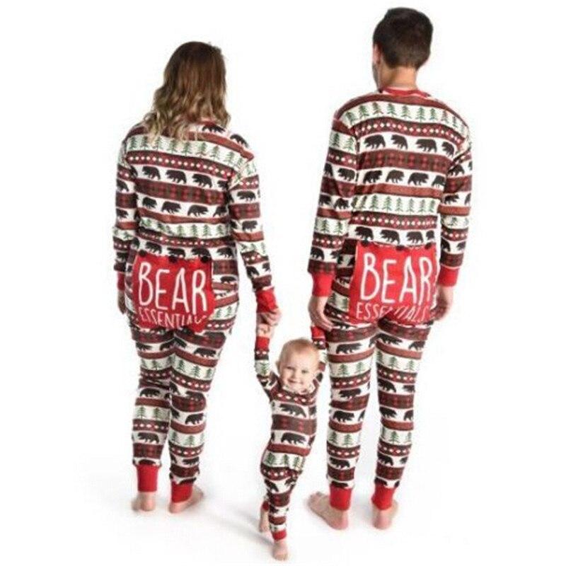 Familie Passenden Weihnachten Pyjamas Set Neue 2018 Mama Papa Kinder Hirsche Muster Striped Nachtwäsche Nachtwäsche Familie Aussehen Weihnachten PJs Sets