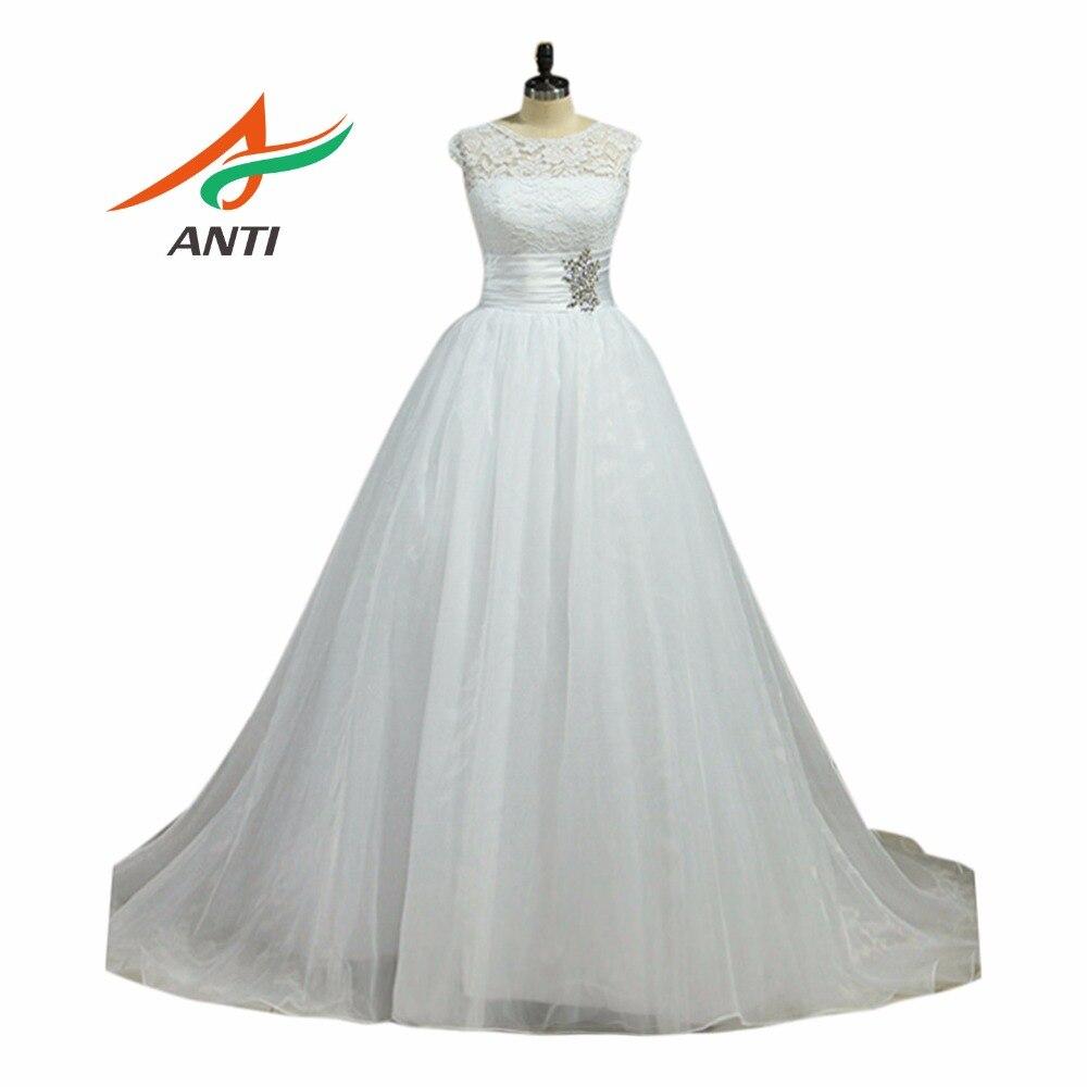 ANTI Vintage Ball Gown Bröllopsklänning 2018 Court Train Cloud Princess Bride Dress Bröllopsklänning Plus Storlek Vestido De Noiva De Renda
