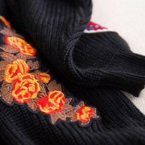 Image 5 - מסלול נשים רקמת טייגר מעיל נשים שחור ארוך סוודר סוודרים 2020 חורף בציר Jumper מעיל חג המולד