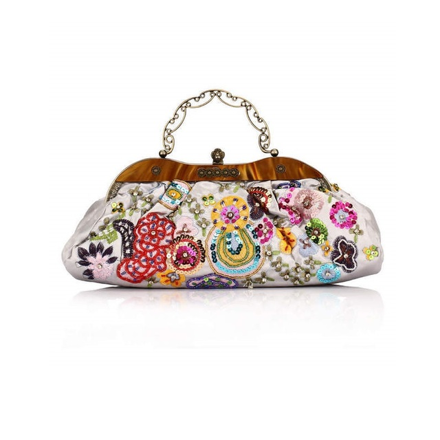 a3558cce23522 Saf el-boncuklu ipek işlemeli çiçekler Etnik işçilik akşam el çantası kabuk  omuzdan askili çanta