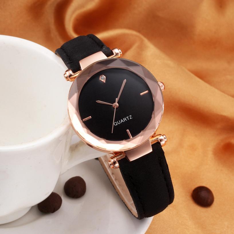 2018 Top Brand Women Bracelet Watch Contracted Leather Crystal WristWatches Women Dress Ladies Quartz Clock Dropshiping #D