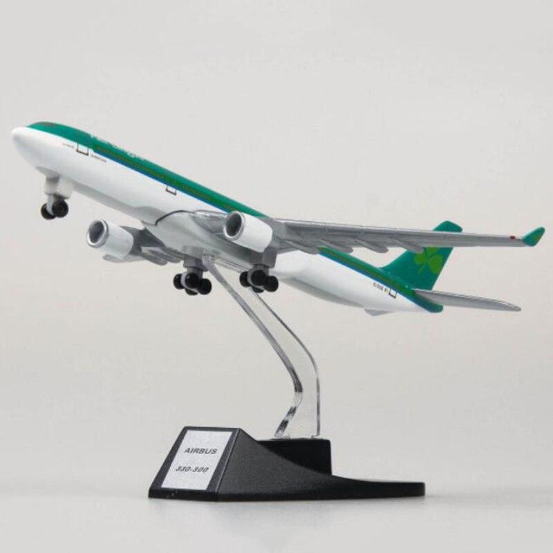 Airbus Dekorasi 13 Mainan