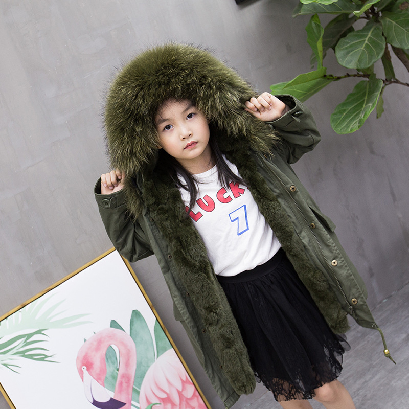 New Fashion Boys and Girls children's fur coat Winter Down Coat with a Large Fur Collar Rex Rabbit Fur Jacket Coat 2017 winter new clothes to overcome the coat of women in the long reed rabbit hair fur fur coat fox raccoon fur collar