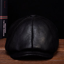 HL112  2018 Winter warm Russian one fur beret Belt Gatsby hunting caps hats with real fur inside Men's real leather baseball hat цена