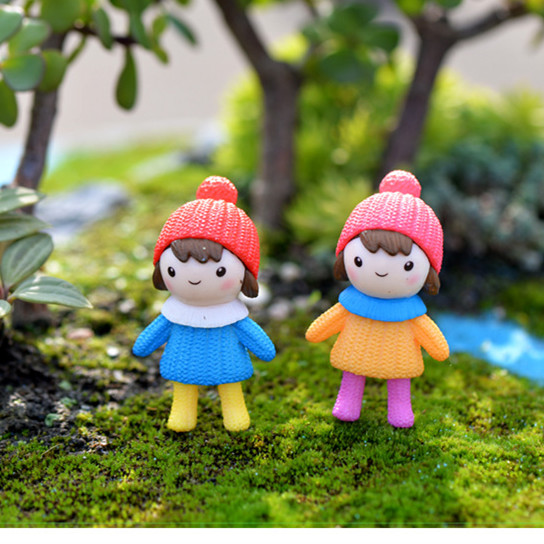 Gnome Garden: HERMOSO 8pcs Cute Couples Miniatures Terrarium Fairy Gnome
