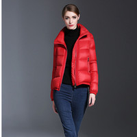 2017 Solide Couleur Hiver Manteaux Femmes Rouge Noir Court Parka Chaud Épais Coton Rembourré Manteau D'hiver Outwear Dames Veste