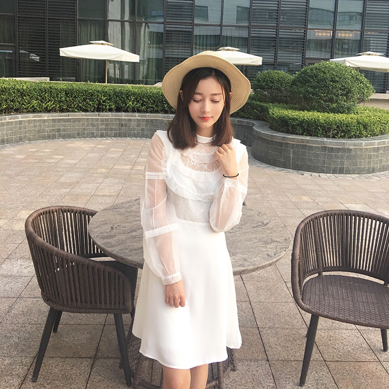 Étoile sud-coréenne du nouveau fonds de 2019 automne hivers Han Xiao semaines avec col en dentelle blanche D0907 robe à manches longues
