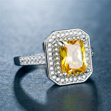 HUITAN Classic Solitare Party Ring Band With Royal Yellow Stone Wedding Accessories Micro Paved Dropshipping Recruit