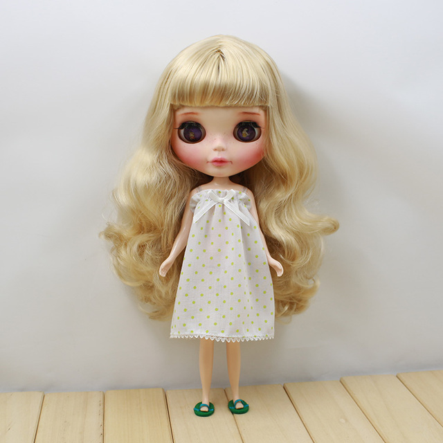 Neo Blythe Doll Suit Including Slippers