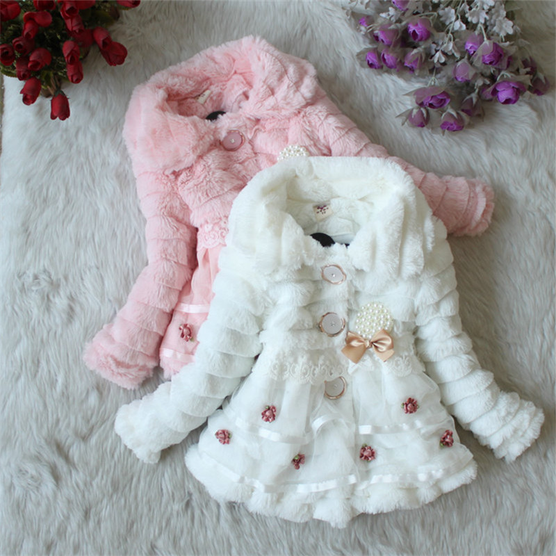 Girls Fur Coat Kläder Med Pearl Lace Flower Höst Winter Wear Kläder Baby Barn Faux Fur Dress Klänningar Style Jacket 2017