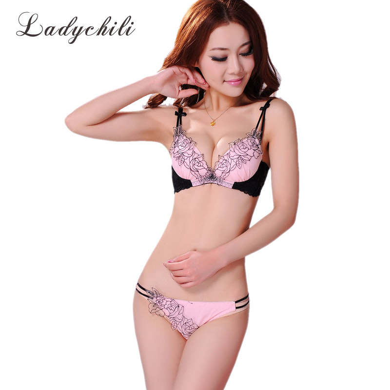 Fashion Purple Lace Rose Floral Appliques Bra And Panties Set