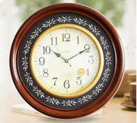European Home Decoration High Quality Round Wood Wall Clock High End Fashion And Creative Environmentally Friendly