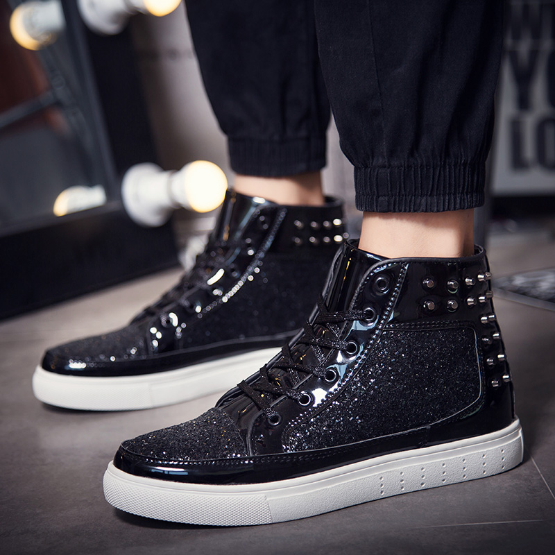 Men s Skateboarding Shoes 2018 Glitter Rivets Sneakers Outdoor Sports Shoes  Shiny Men High Top Classic Metal Head Skate Shoes-in Skateboarding from  Sports ... 4a4df36d39dd