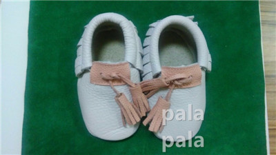 Новые приходят натуральная кожа детские мокасины кисточкой Детские Prewalker Обувь Детские Новорожденных девочек мальчиков Мягкой подошвой новорожденных Первый ходунки