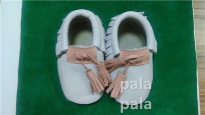 Nuevo llega genuino borla mocasines de cuero del bebé Del Prewalker Del Bebé Zapatos de Niño Del Bebé niñas niños únicos Suaves recién nacidos Primeros caminante