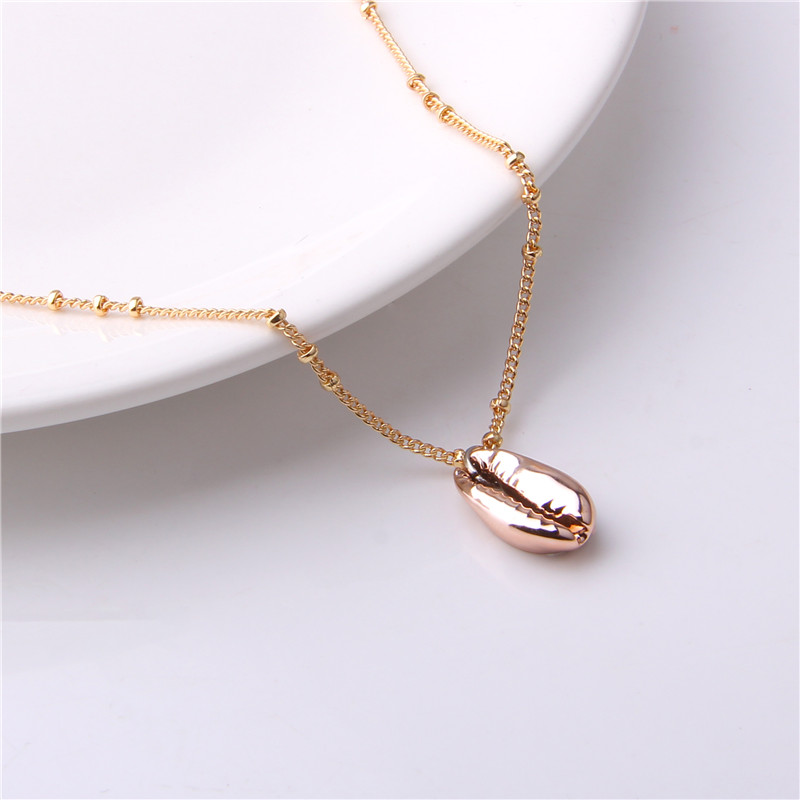 Vinswet Fashion SeaShell Pendants Necklaces Gold Color Women Sea Beach Boho Shells Necklace Summer beach hawaii Jewelry 2019 in Pendant Necklaces from Jewelry Accessories