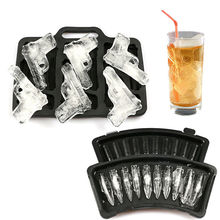 Ice Cube Maker Mold Plastic Large Cream Tub Tools Gun Bullet Shaped Tray Mould for Party Drink Whiskey Random Color