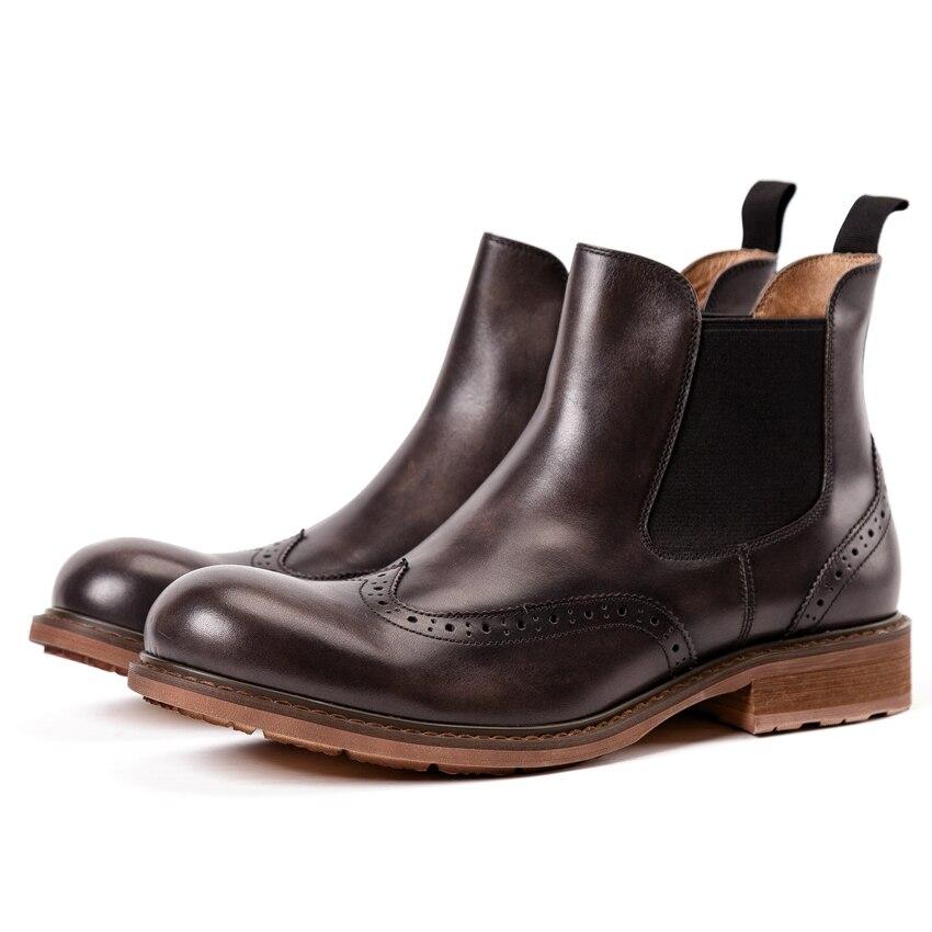 Vintage Asas Handmade Ankle Martin Sapatos Novas Kud296 coffee Equitação Nas Redondo Boots Das Genuíno Chelsea Marrom Brogue Pontas Homens Homem Dos Dedo De Esculpida Pé Couro Do gCqpUYHxwC