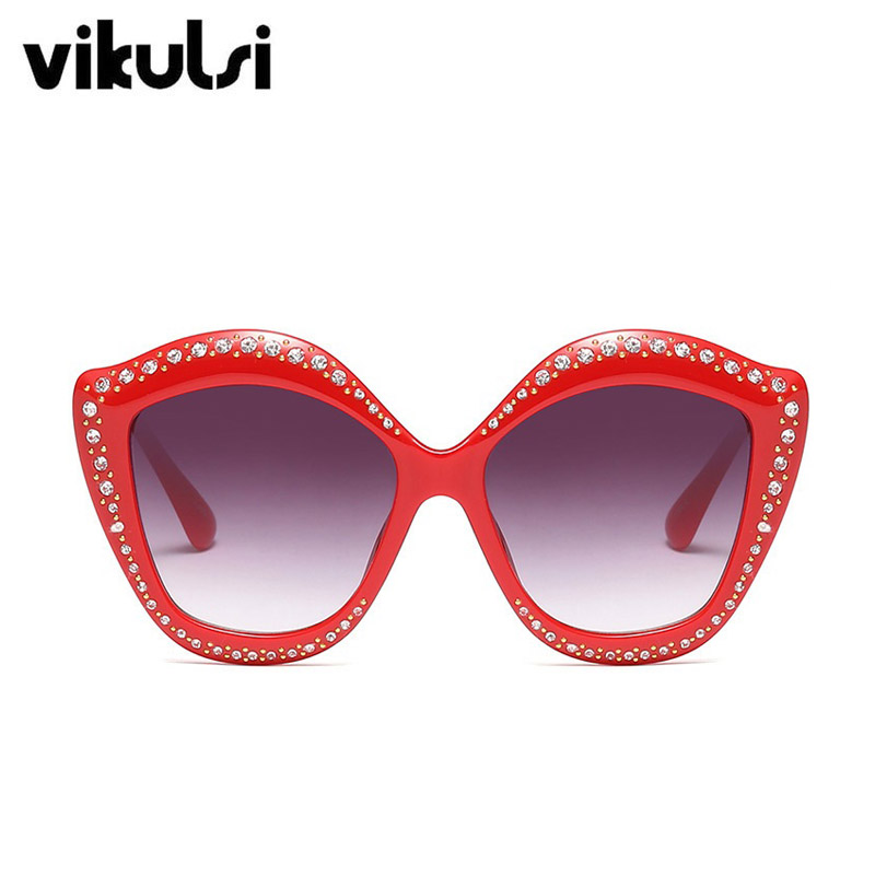 D304 red