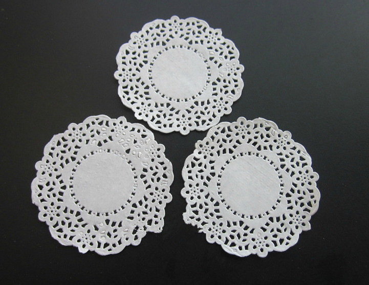 3.5 inch White lace paper Doily Round Restaurant Table Dish Place Mat Cake Food Paper Pad Doilies Party Decoration