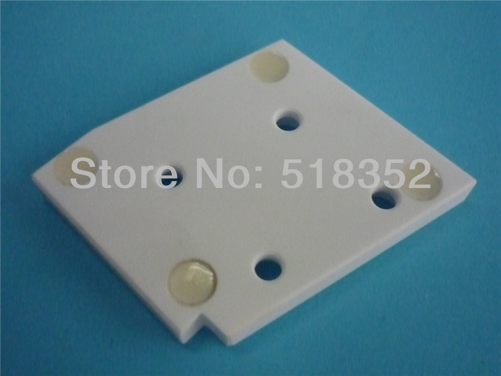 ФОТО A290-8005-X722 Fanuc F301 Insulation Board, Isolation Plate Lower for WEDM-LS Wire Cutting Machine Part