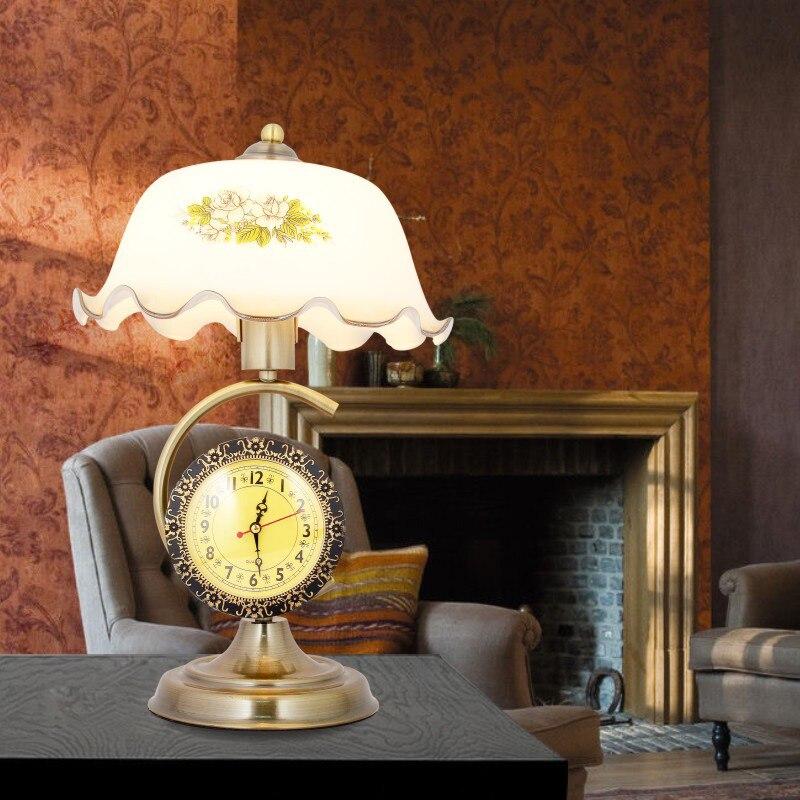 Horloge rétro lampes de Table lit chevet étude Bar salon décoration de la maison nostalgique fer verre impression ombre table lumières GY243