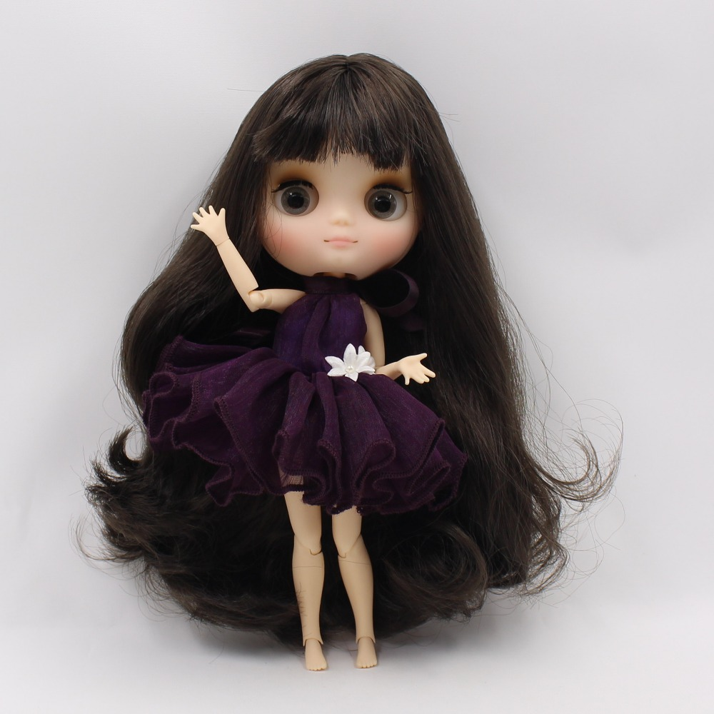 Middie Blythe Doll with Brown Hair, Tilting-Head & Jointed Body 1