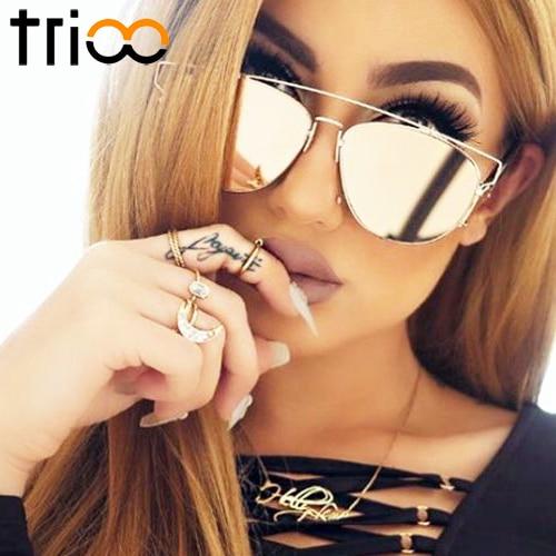 15f5189bf208f TRIOO Senhoras Óculos De Sol Rosa Espelho Oculos Shades Subiu de Ouro Da  Moda Óculos de Sol do Desenhador Para Mulheres 2017 Novos óculos de Sol do  Metal ...