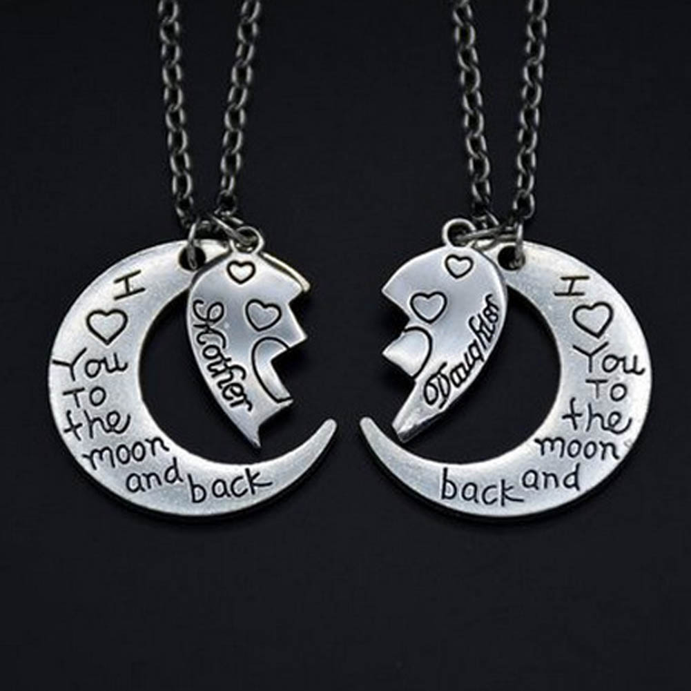 2pcs//set Necklace Heart Shaped Half Mother and Half Daughter Necklace Ideal Gift