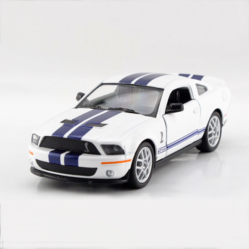 Mustang Shelby GT500 SVT White 1/38 alloy model car Sports car Diecast Metal Pull Back Car Toy For Gift Collection футболка print bar ford mustang shelby gt500 [шредер] page 3