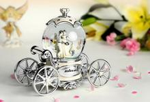 Decoration Crafts Music Box Crystal Ball Snowflakes and Merry-go-round Musical Boxes Creative Birthday Valentine's Day Gifts
