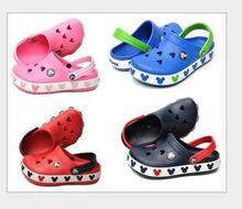 2016 new summer hole Children Brand Cartoon Garden Shoes Mickey Clog Sandal Slippers baby girls and boys beach slides 9color