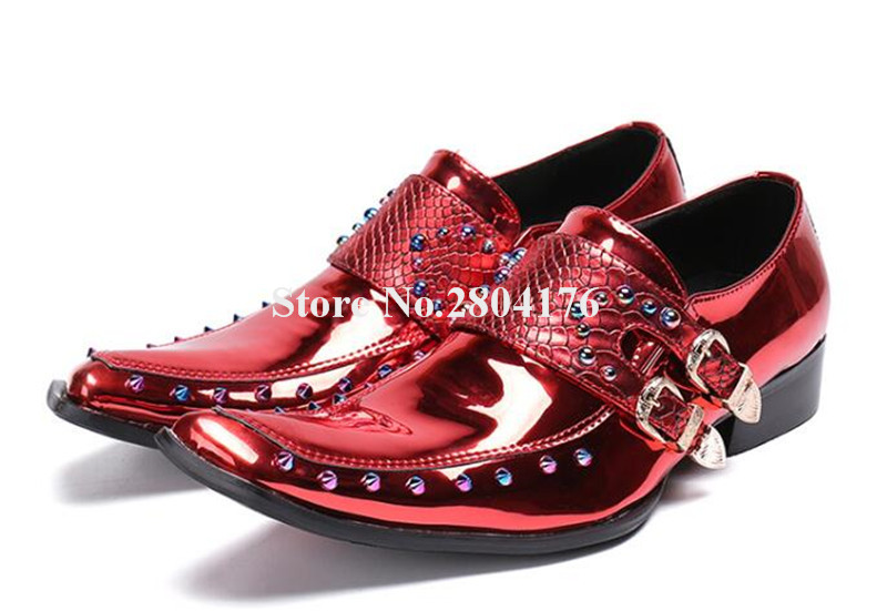 High Quality Men Fashion Pointed Toe Red Patent Leather Rivet Leather Shoes Shining Buckle Flat Leisure Shoes Bridegroom Shoes cupless buckle rivet leather corset