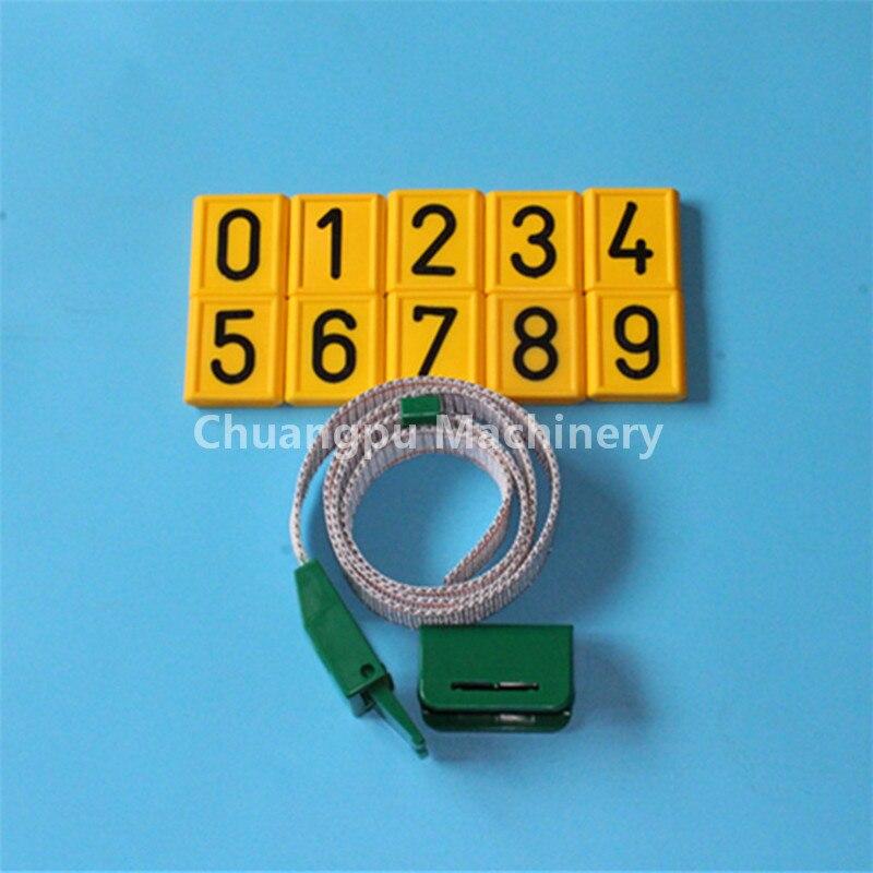 Zvířecí plastový obojek s číslem pro identifikaci hospodářských zvířat