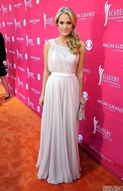 Carrie Underwood Chiffon Beading Pink Dress at 44th Annual Academy ...