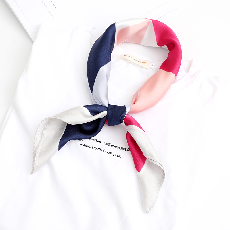 Square Silk Scarves Head Hair Neck Bag Wraps Bandana Women Fashion Pattern Large Scarf Geometric patter New Style Scarf