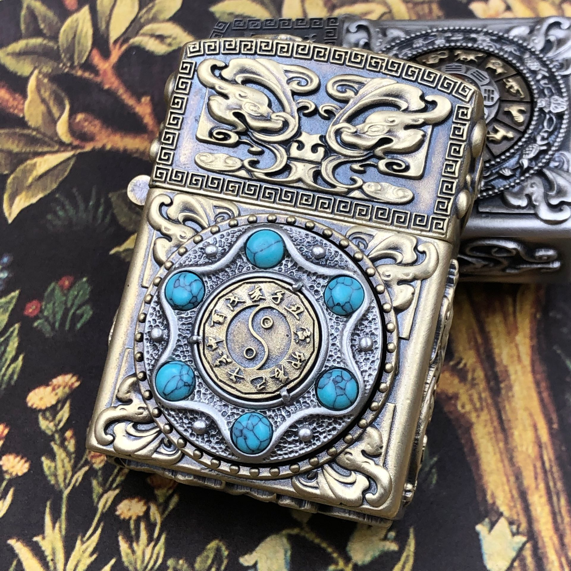 Vintage brass petrol lighter Chinese classical style good luck 2 sided pattern rotating cigarette gasoline lighter
