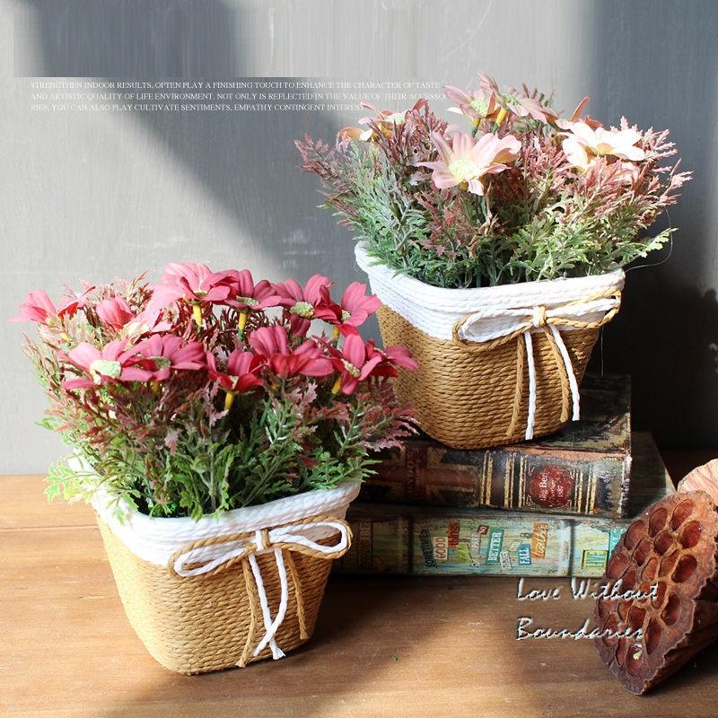 Silk Simulation Flower cu coș de rattan pentru decorațiuni - Produse pentru sărbători și petreceri