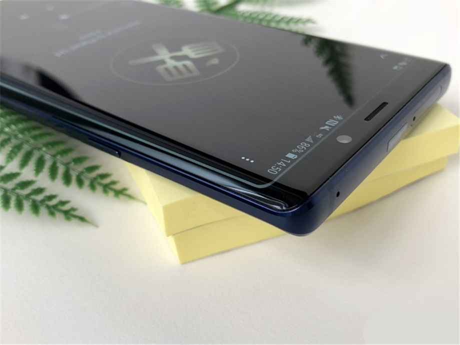 N960F-