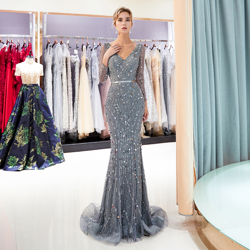 2019 Long Sleeved Lace Evening Dresses V Neckline Formal Women Party Mermaid Dresses Luxury Tulle Crystal