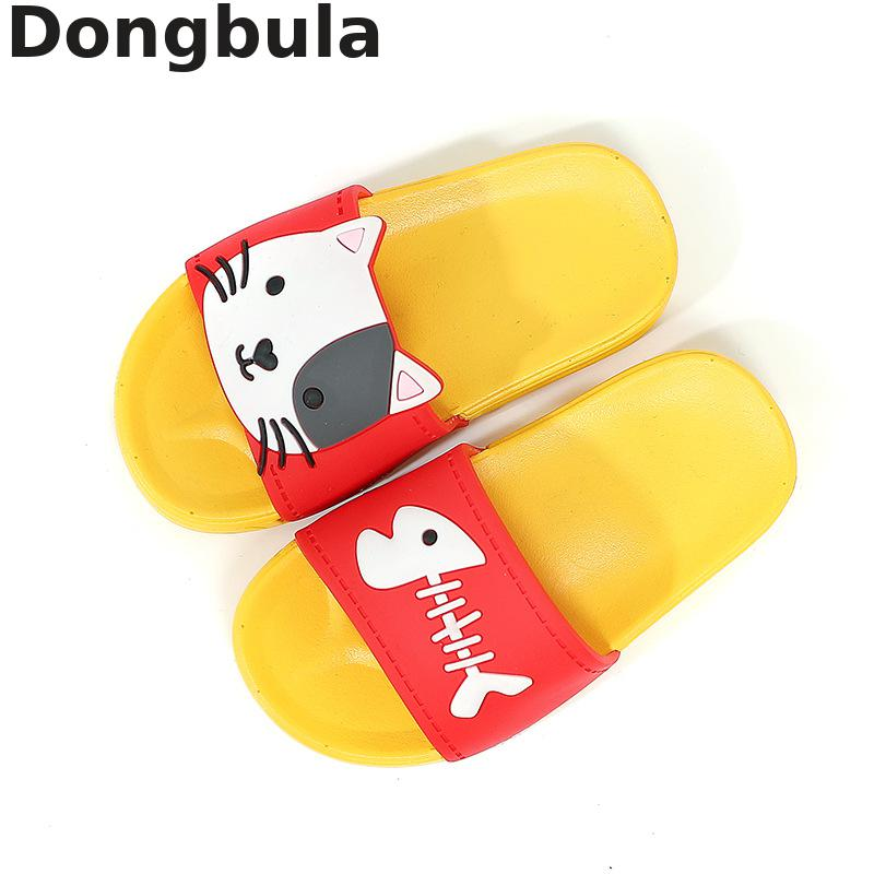 New Summer Children Slippers For Girls Boys Beach Sandals Baby Cute Cat House Slippers PVC Flat Flip Flop Kids Bathroom Shoes